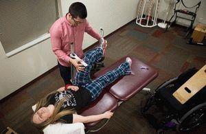 Наблюдение за людьми с парализованными ногами