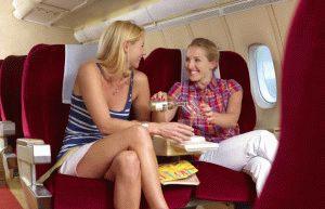 Неправильное положение ног в самолёте