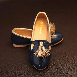Обувь на небольшом каблуке