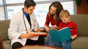 Ребёнок у врача