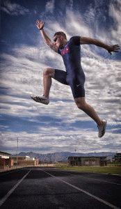 Прыжки спортсмена