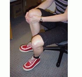 Болит колено при подъеме по лестнице