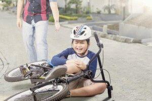 Боль в коленях у ребёнка