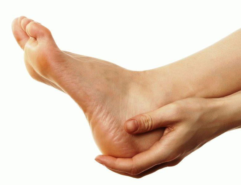 Лишай на ногах у человека чем лечить