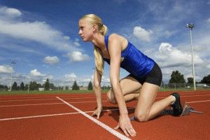 Спортсмены-бегуны