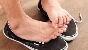 Неприятный запах от ног
