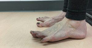 Упражнение для пальцев стопы
