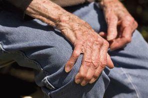 Артрит у пожилых людей