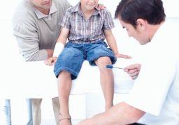 Почему у ребёнка температура и болят ноги