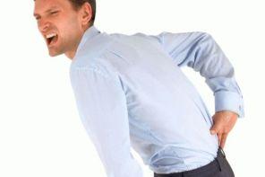 Почему болит поясница и немеют ноги