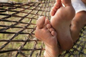 Почему болит большой палец на ноге