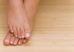 Почему отекают и чешутся ноги