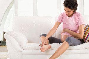 У беременных часто отекают ноги