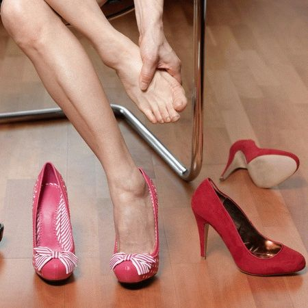 Болит шишка на ноге