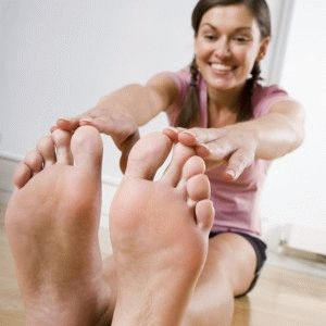 Растяжка мышц ног