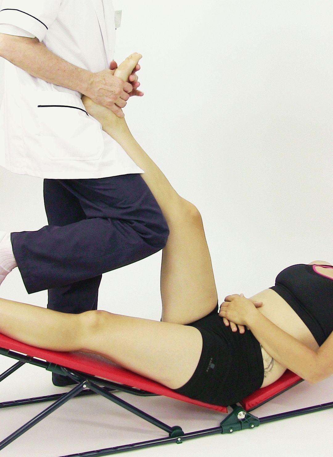 Лечебная гимнастика для голеностопного сустава при артрозе подвывих суставов стопы
