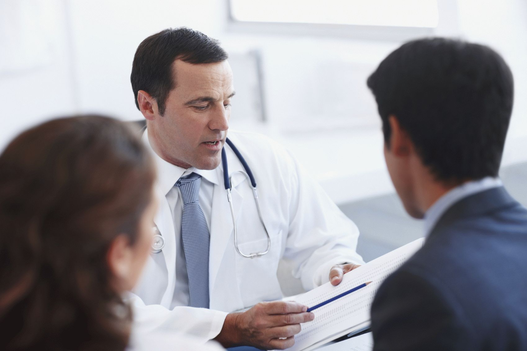 Какой врач лечит артроз Суставы
