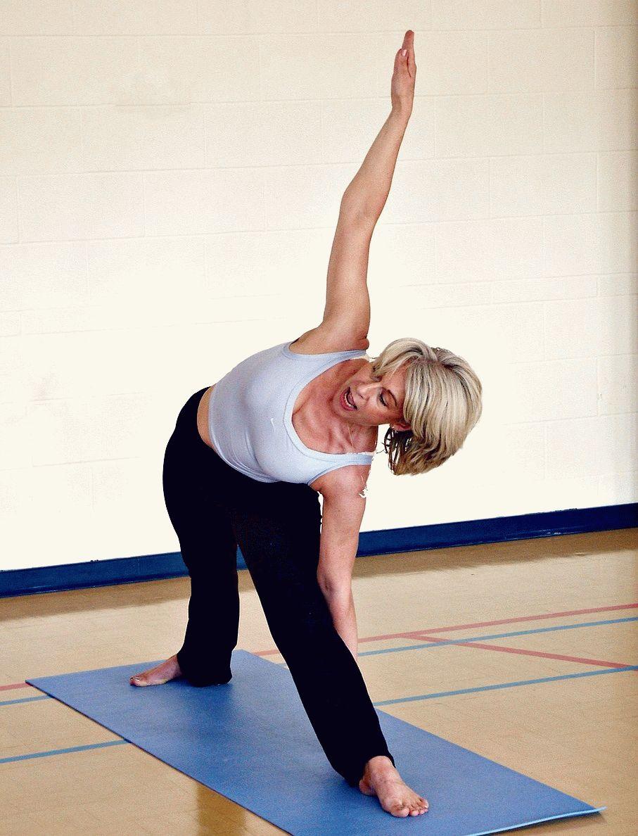 Болят суставы при климаксе что делать причины и лечение