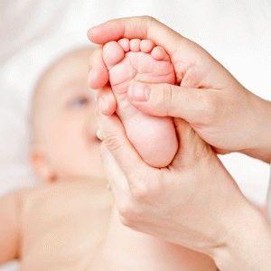 Простой массаж ног