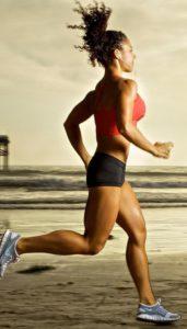 Спортивные сильные ноги